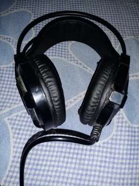 HP Headphone (Full on bass)