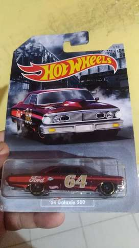 Hotwheels 64 Galaxy 500