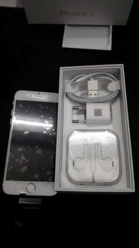 New untouched iPhone 6s 64GB with bill and accessories and warranty