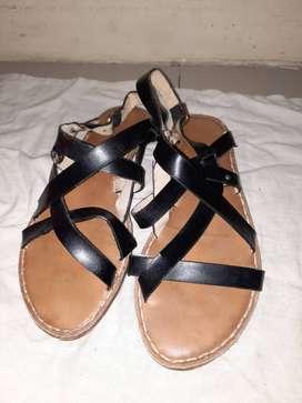 Sandal import vincci uk 8 warna hitam