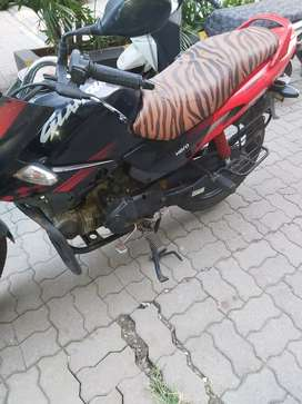 Hero gkamour bike in good condition is available for sale at kalyan