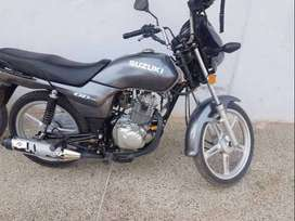 Suzuki Gds 110s    10/10 condition full ok الحَمْد للهْ‎