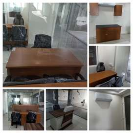 Fully Furnished office with Ac, boss chairs