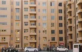 4rth Floor ideal apartment available road face on bahria town karachi