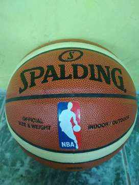 Bola basket spalding
