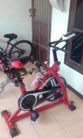 Sepeda statis cardio familly trendsportyvo