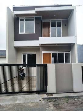 Dijual Rumah BARU di Ciwaruga, Gegerkalong MURAH, 2 Lantai FULL