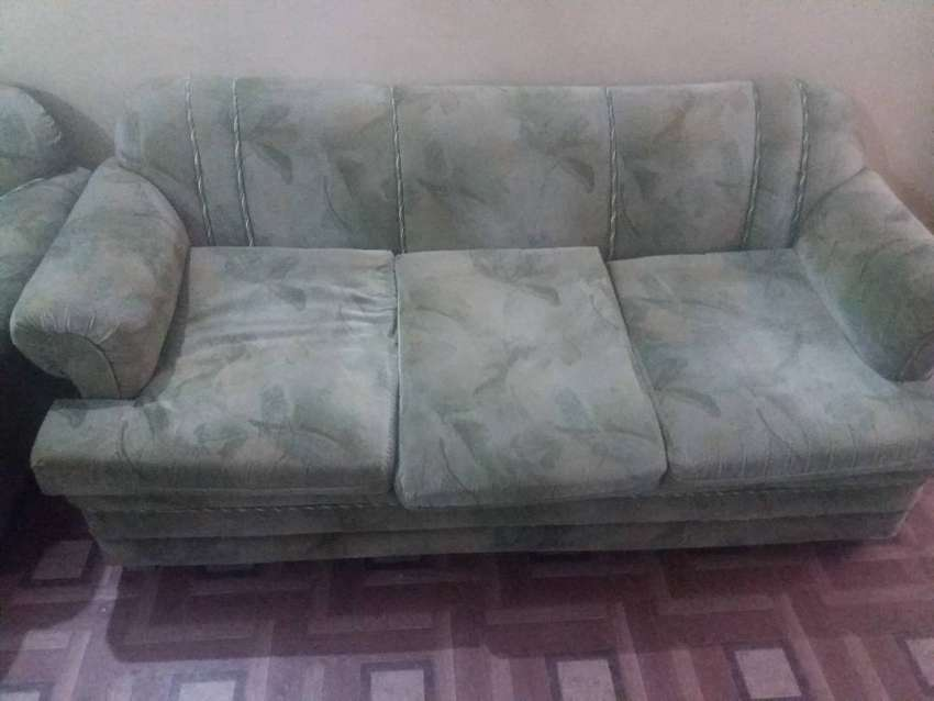 Heavy strong sofas 8seater 4pc 0