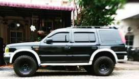 dijual ford everest 2006 xlt warna hitam 4x2