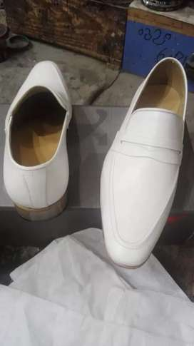 Pure leather beautiful shoes