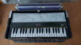 Old Harmonium for sale