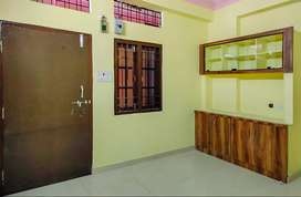 2 BHK Semi Furnished Flat for rent in Hafeezpet