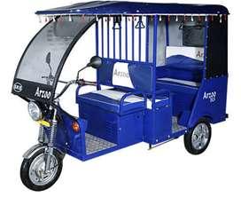 E rickshaw driver chahiye