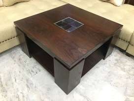 brand new center table size 3*3