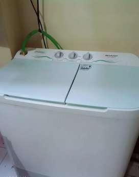 Mesin cuci 2 tabung merk Sharp
