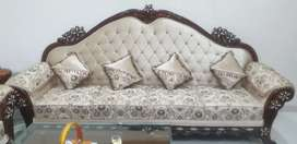 9 seater Newly Purchased Classic Sofa set