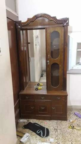 Dressing table made with teak wood