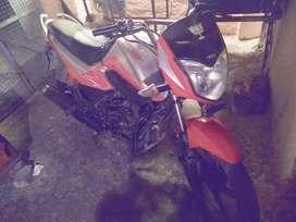Bike bache raha hoon