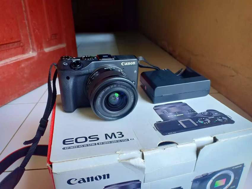 Jual Cepat Kamera Canon Eos M3 like new 0