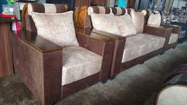Free home delivery Sultan furniture swet leather box sofa set
