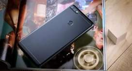 Honor 7c black 4gb,64gb 8 months old phone in awsome condition