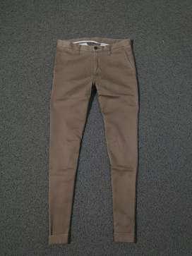 Celana chino pants uniqlo nt zaraman