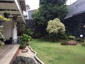 Rumah mewah tanah luas siap huni di Sunter dekat Kelapa Gading dan PIK