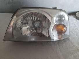 Santro Xing head light passenger side