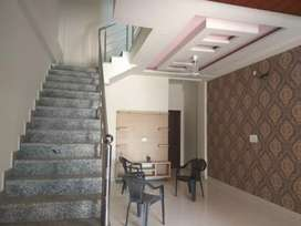 Luxurious 100 gaj duplex for sale