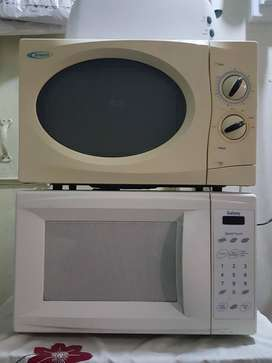 Good condition Microwave For Sale.
