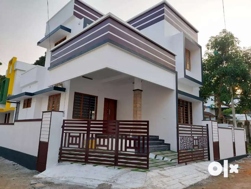 Ready to occupy 3 bhk 1350 sqft at edapally varapuzha near koonammav