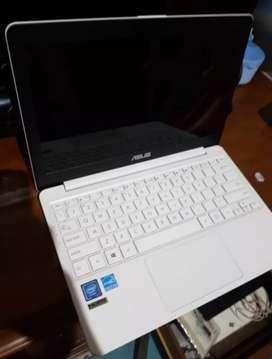 Laptop Mini Asus E203-MAH