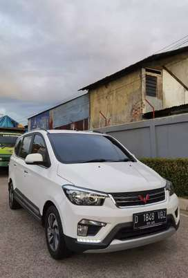 Wuling Confero 1.5 S C LUx ACT matic 2019 / 2020
