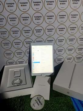 iPad 8 128gb like new