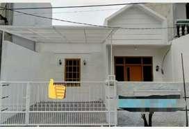 Rumah cantik di Harapan Indah, Bekasi