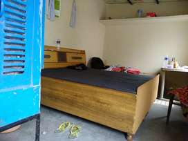 01 Room For Godown Coaching Independent at 1st Floor 16x10 Ft. at 4999