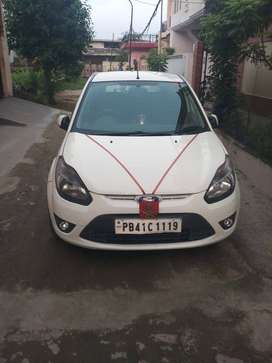 Ford Figo titanium model-top with all new Tubeless tyres, alloy wheels