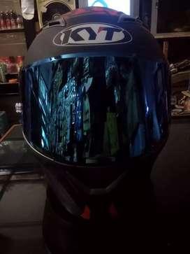 Helm fullface KYT Falcon 2 spike (pemakaian 5x)