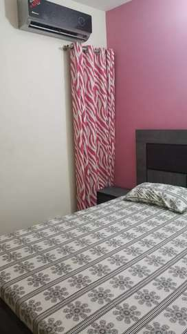 Fully furnished out class room available all utilities included