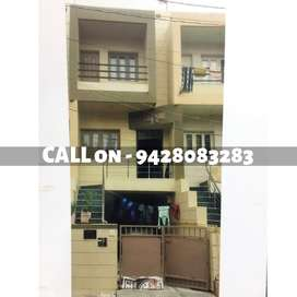 80 vaar 4bhk luxurious Bunglow for sale near 150ft ring road, mavdi