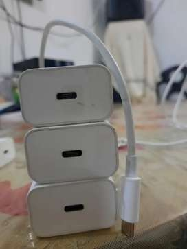Iphone 18W 3A fast charger with C to C cable & iphonr