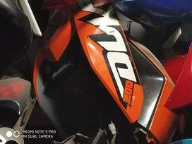 For sale pulsar KTM Duke fz Honda's body parts