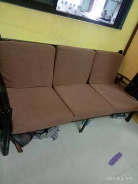Sofa set with 2 side chair