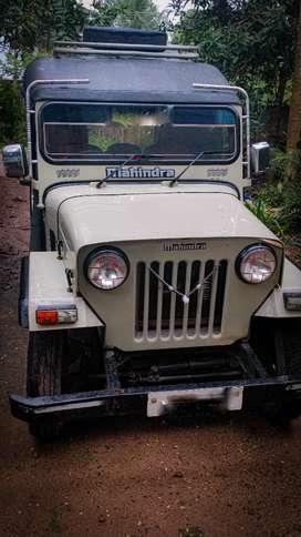 Mahindra jeep full condition