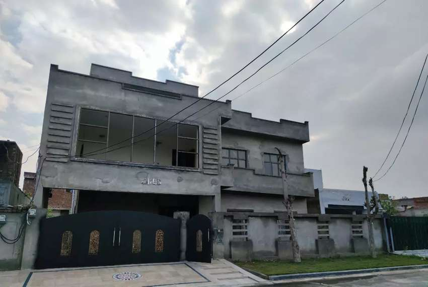 1 Kanal House For RENT - New House Furnished Upper Portion - Society 0