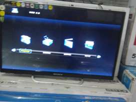 43 inch quantum led tv and 43 inch samrt led tv with warrnty