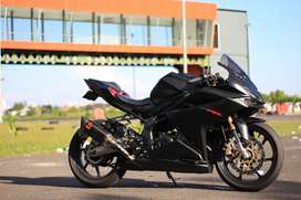 Honda cbr250rr 2017 hitam