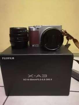 Kamera fujifilm xa3 + lensa fix artisan 50mm f1. 8