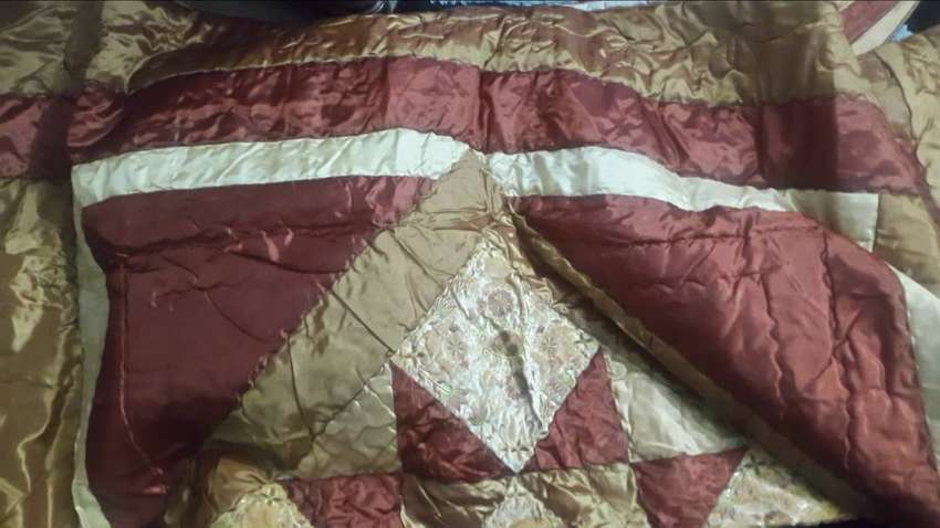 Embroided and patchwork bedspread set 0