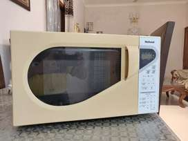 National 20 Litres Microwave oven